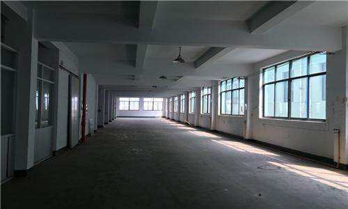江南公路旁10亩7000平方厂房亏本出售